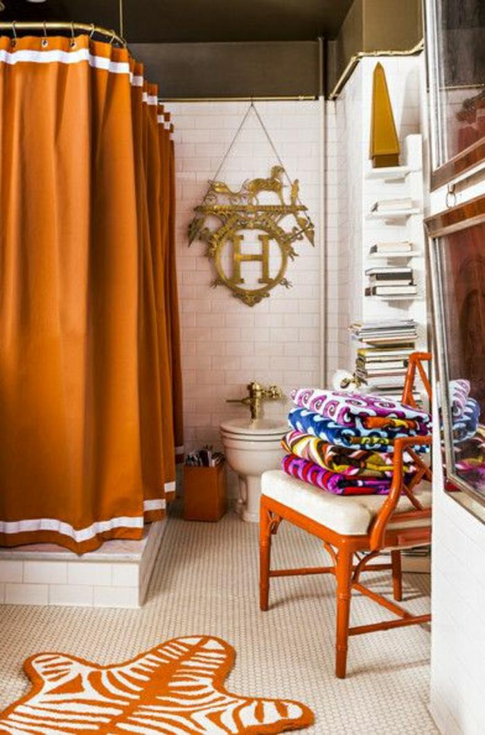 2-le-tapis-de-salle-de-bain-orange-et-rideau-douche-orange-pas-cher-pour-la-salle-de-bain