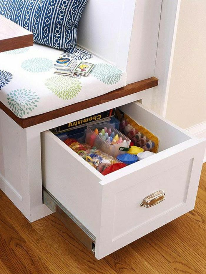 meubles-gain-de-place-dans-la-cuisine-avec-un-joli-canapé-acec ...