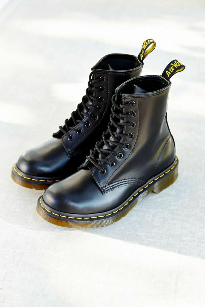 20-les-bottes-noires-dans-toute-sa-beauté-quelles-bottes-mollets-lages-choisir