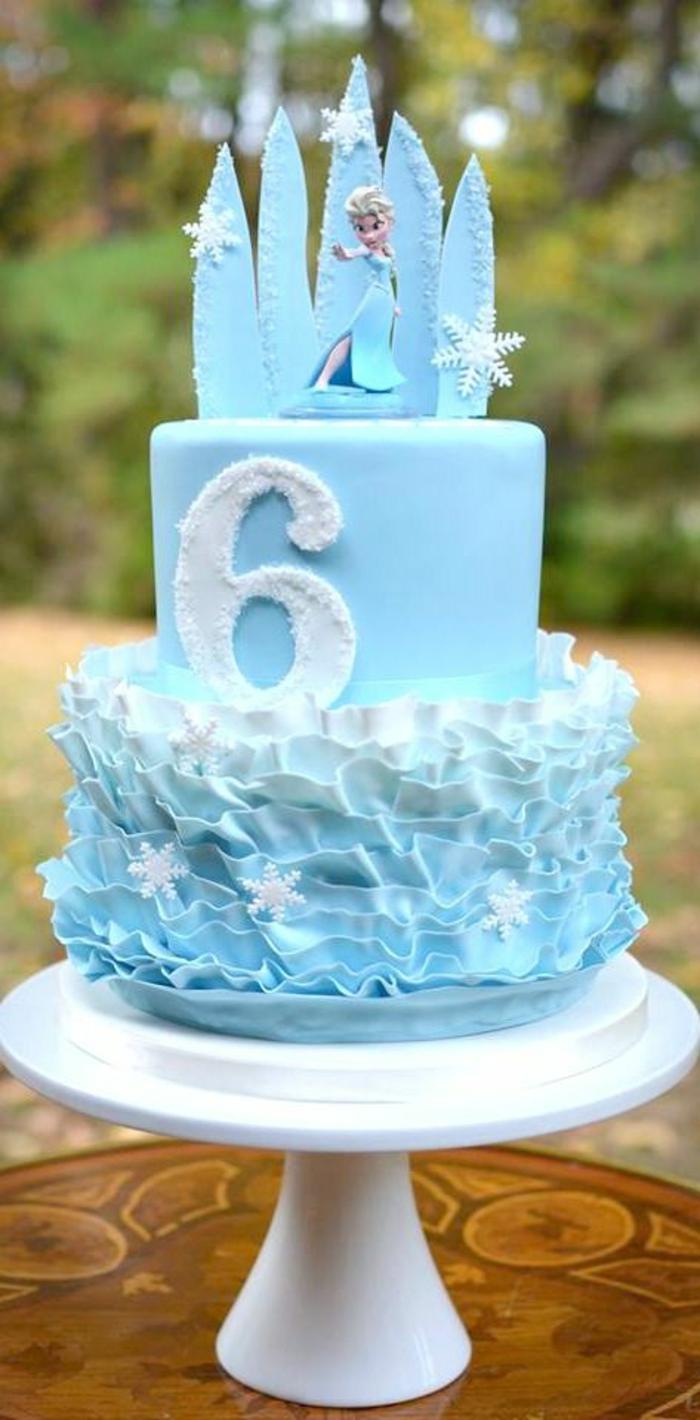 3-anniversaire-gâteau-la-reine-des-neiges-anna-bleau-et-blanc-elsa-gateaux-reine-des-neiges