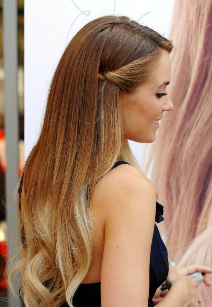 3-nuancier-couleur-cheveux-couleur-châtain-clair-cheveux-longs-ariana-grandé