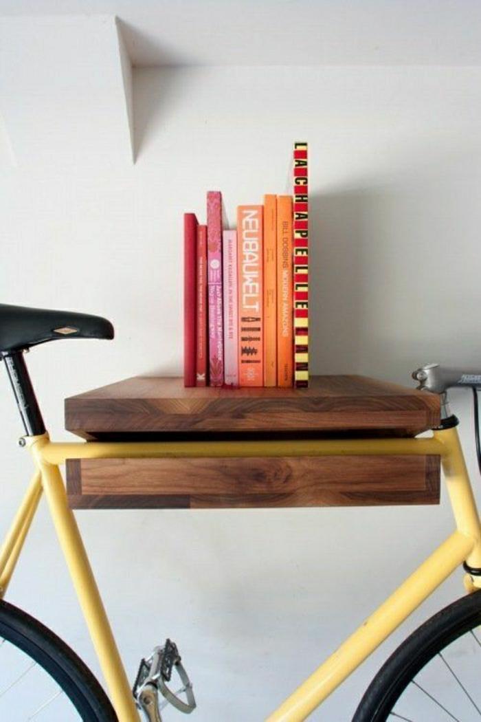 33-jolie-decoration-avec-un-velo-retro-decoratif-livres-comment-decorer-chez-soi