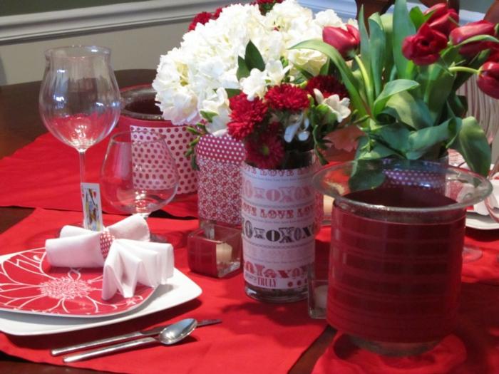 5-la-belle-et-la-bete-disney-comment-faire-Belle-déco-anniversaire-belle-table-avec-roses