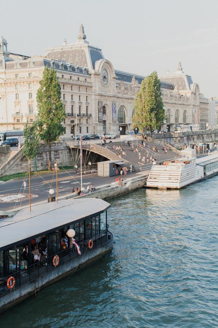 6-la-seine-visiter-paris-quoi-voir-a-paris-les-monuments-de-paris-france-les-bateaux-sur-la-seine