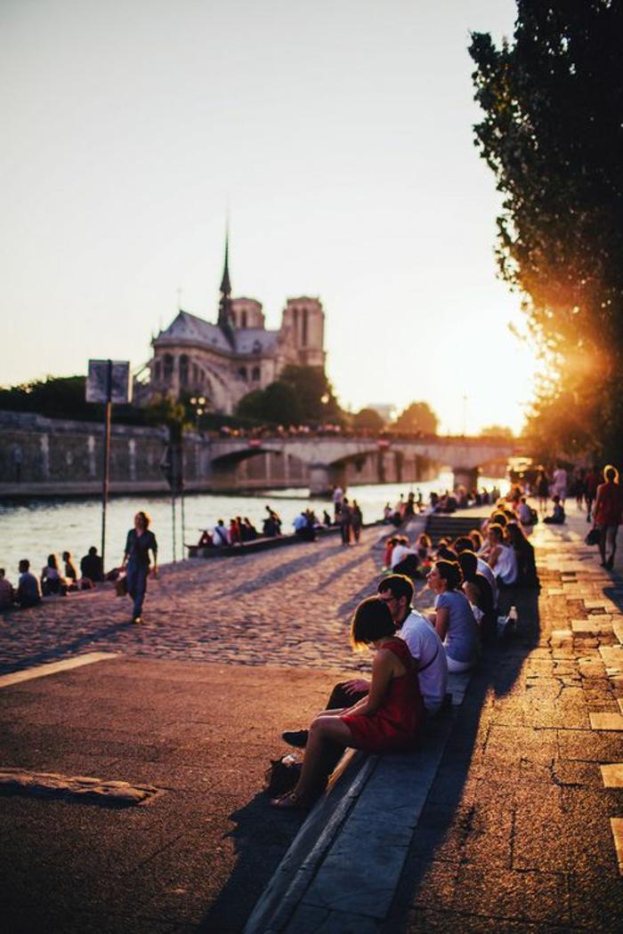 6-visiter-paris-et-voir-la-seine-pendant-l-automne-une-jolie-vue-et-coucher-de-soleil