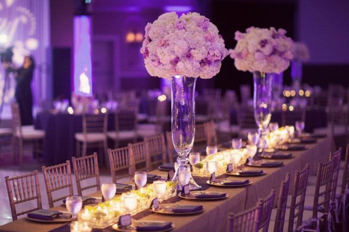Aurore-la-belle-au-bois-dormant-idées-déco-festive-disney-jour-heureux-belle-idée-déco-table-mariage-chemin-de-table-vase-fleurs