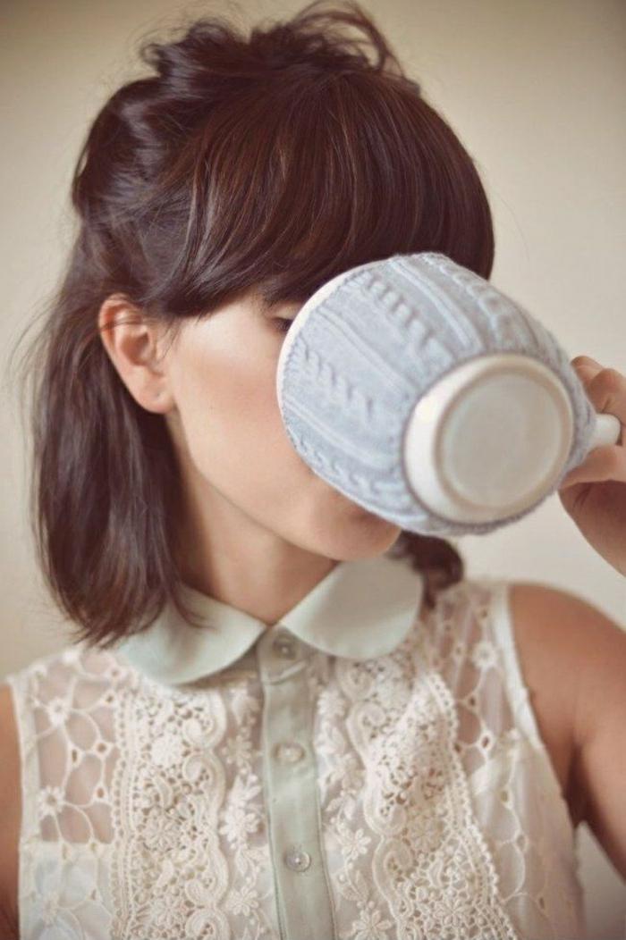 Coiffure-pour-cheveux-mi-longs-et-bouclés-automne-hiver-2015-femme-sympa-resized