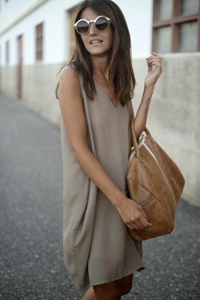Des-robes-droites-fluides-tenue-de-jour-robe-femme-élégante-glasses-rondes-de-soleil