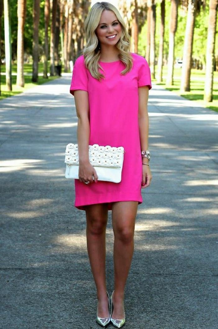 Des-robes-droites-fluides-tenue-de-jour-robe-femme-élégante-robe-rose-electrique-courte