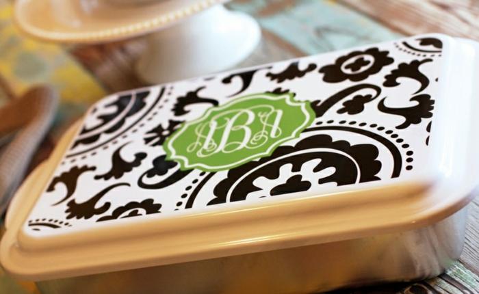 Idée-cadeau-personnalisé-pour-belle-mere-cocotte-moderne-cuisine