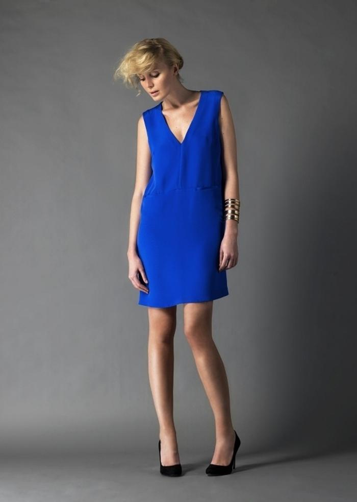 La-robe-droite-fluide-robe-automne-hiver-2015-tendences-s-habiller-avec-style
