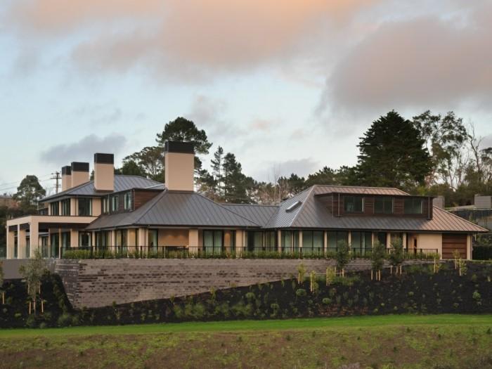 acier-auto-protecteur-architecture-moderne-idées-acier-inoxydable-belle-maison