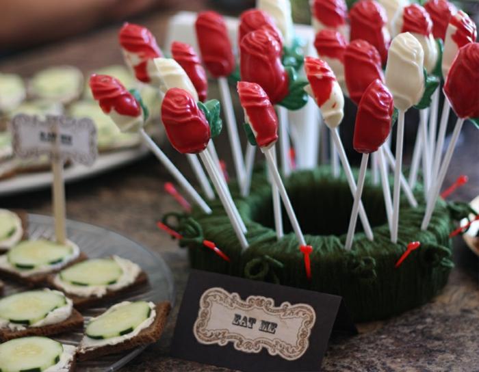 alice-au-pays-des-merveille-disney-comment-aménager-la-salle-festive-roses