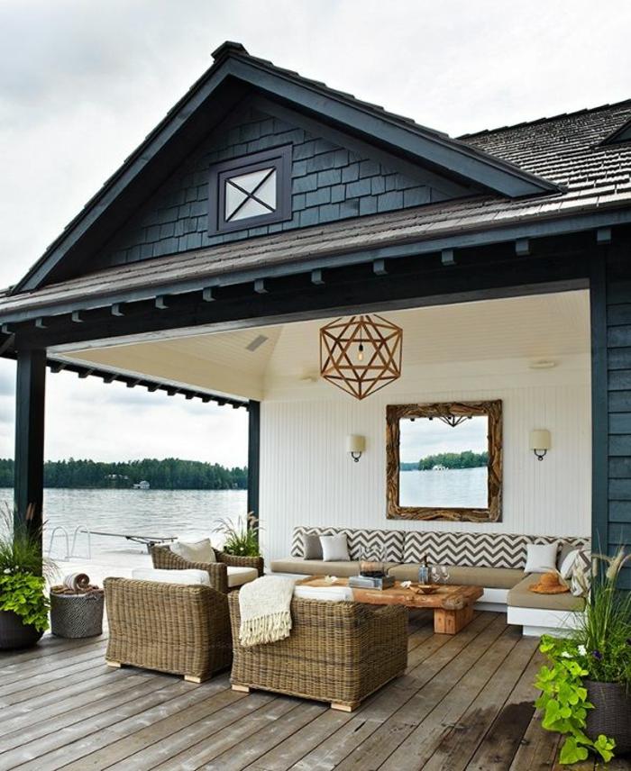 amenagement-terrasse-exterieur-mobiliers-d-extérieur-modernes-pas-cher-pour-le-jardin-devant-la-maison