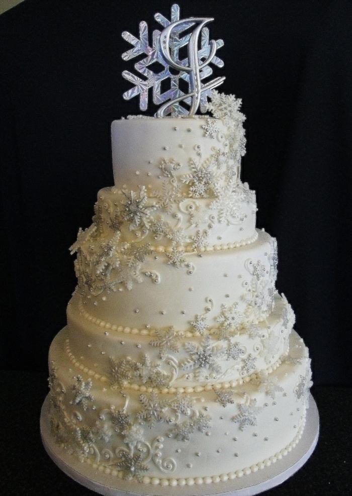 anniversaire-gâteau-la-reine-des-neiges-anna-elsa-olaf-gateaux-reine-des-neiges-flocon