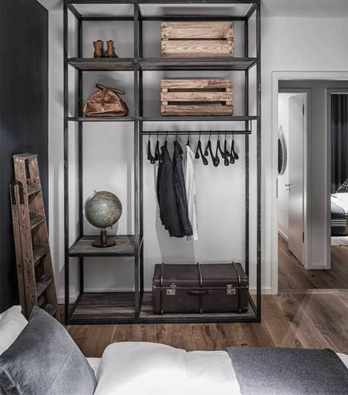 l 39 armoire m tallique apporte l 39 esprit industriel la. Black Bedroom Furniture Sets. Home Design Ideas
