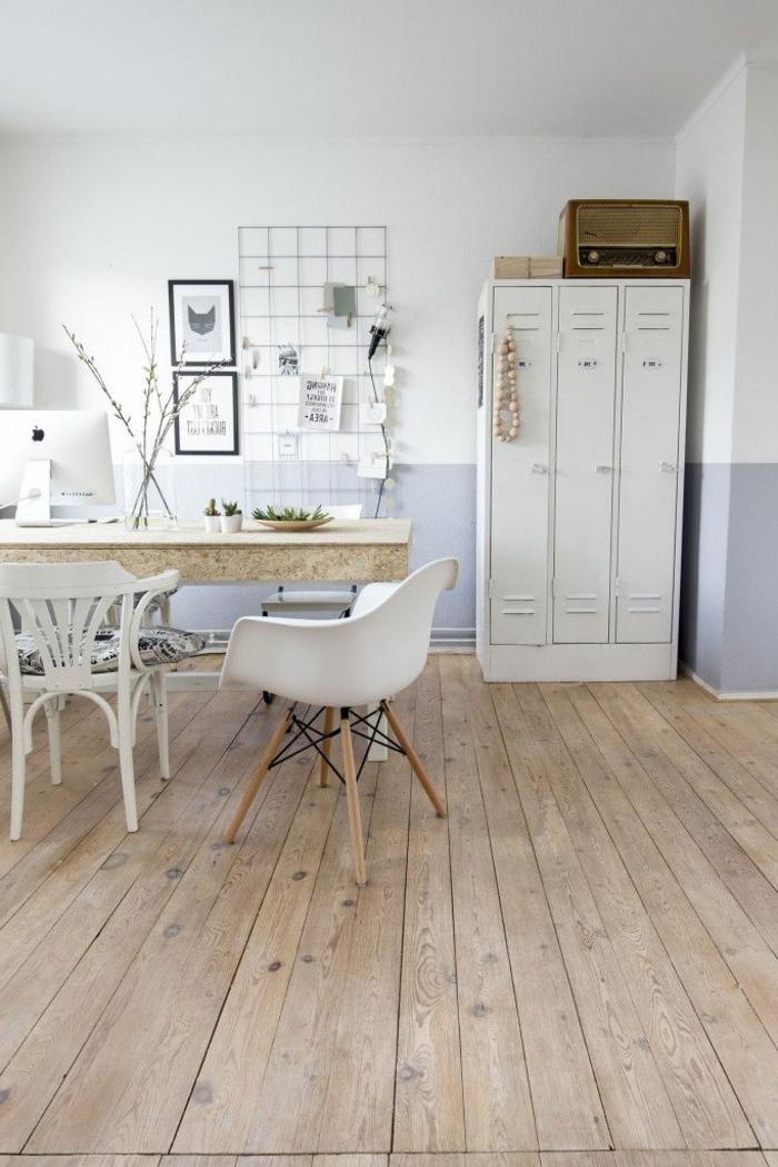 armoire-métallique-peinte-blanche-sol-en-bois
