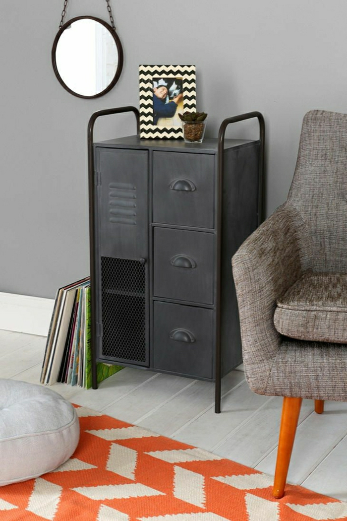 armoire-métallique-petite-armoire-industrielle-fauteuil-scandinave
