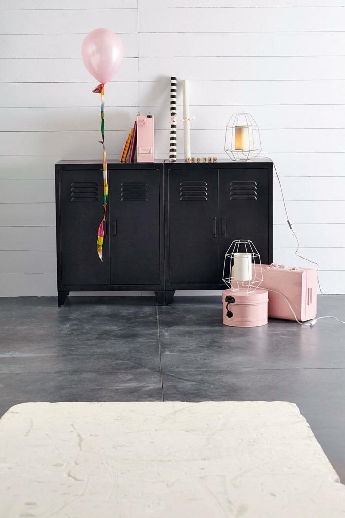 armoire metallique noire simple etagere de salle de bain armoire a pharmacie en metal design. Black Bedroom Furniture Sets. Home Design Ideas