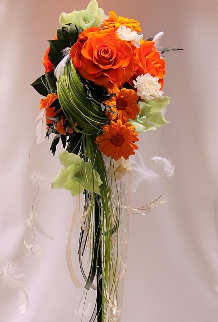 art-foral-moderne-bouquet-de-mariée-superbe