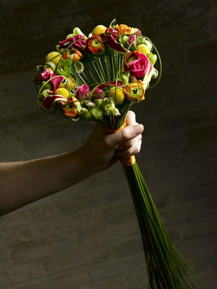 art-foral-moderne-bouquet-moderne-de-fleurs-printaniers