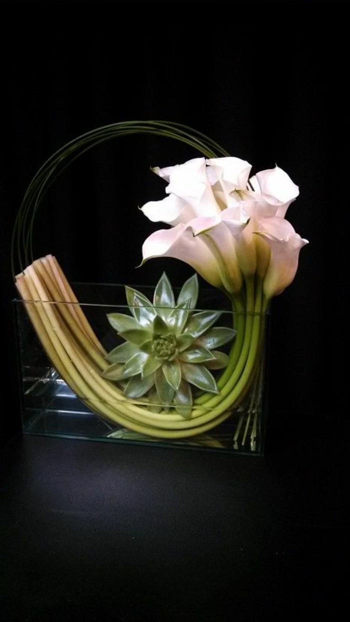 art-foral-moderne-combinaison-exotique-de-fleurs