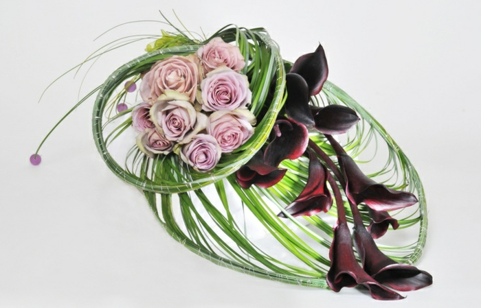 art-foral-moderne-composition-florale-intéressante