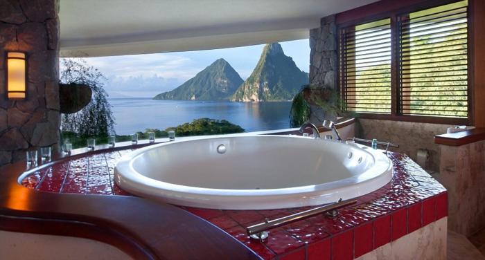 baignoire-ronde-baignoire-ronde-à-encastrer-et-vue-magnifique