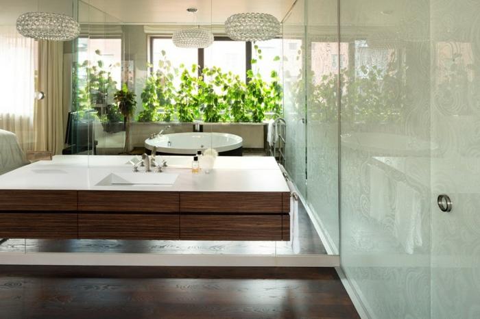 baignoire-ronde-vasque-rectangulaire-murs-blancs
