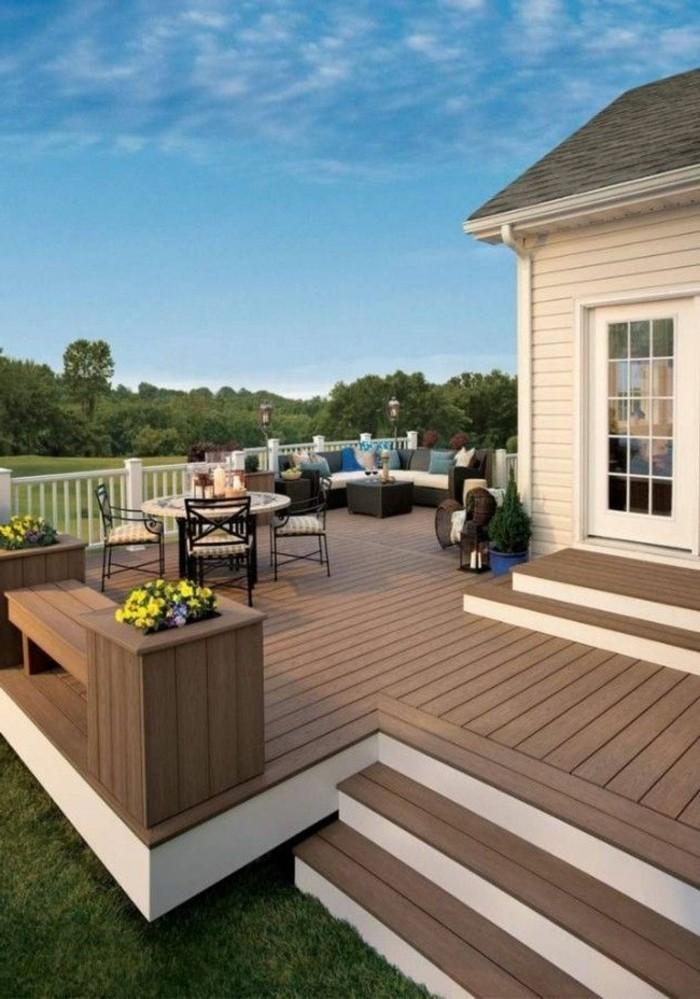 balustrade-extérieure-moderne-pour-la-veanda-autour-de-la-maison-sol-en-planchers