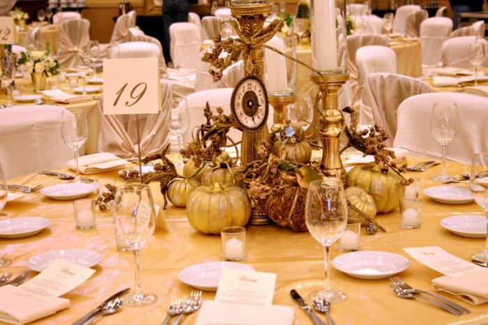 belle-déco-de-table-dorée-inspiré-mariage-cindarella-cendrillon
