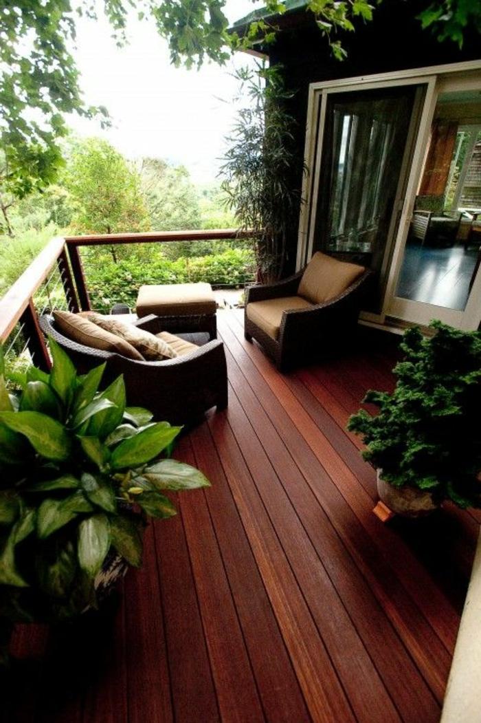 bien-choisir-la-balustrade-extérieure-pour-la-verande-devant-la-maison