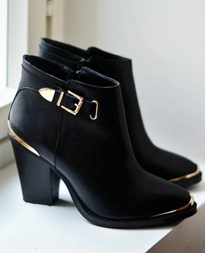 quelles sont les tendances chez les bottes noires. Black Bedroom Furniture Sets. Home Design Ideas