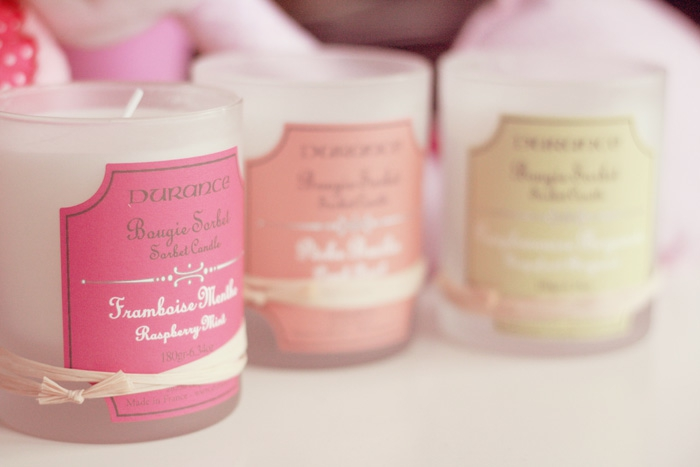 bougie-parfumée-décoration-chambre-à-coucher-pièce-aromatisée-différent-aromats