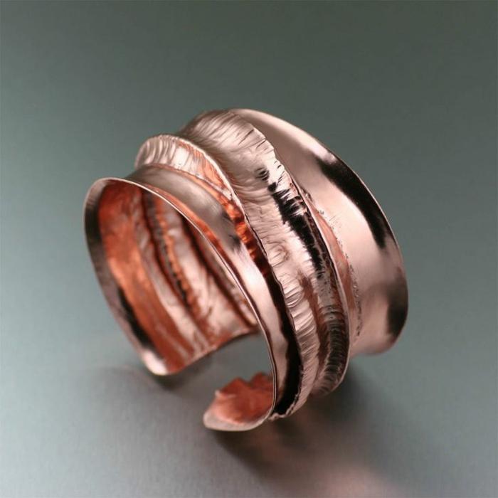 bracelet-en-cuivre-magnifique-modèle-manchette