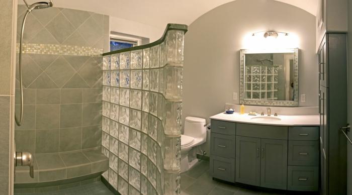 Mettons des briques de verre dans la salle de bains - Pave de verre salle de bain ...