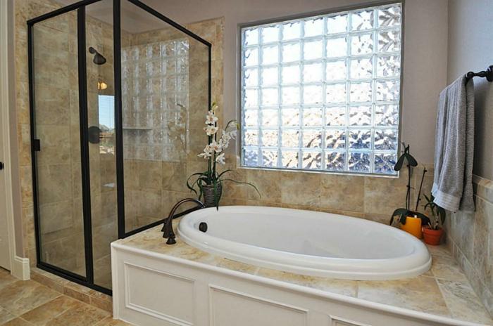 Mettons des briques de verre dans la salle de bains for Verre pour fenetre