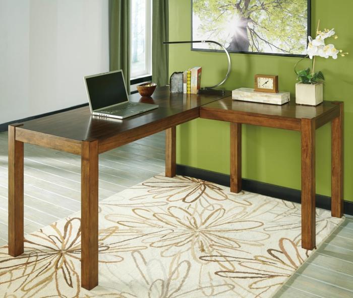 bureau-en-bois-massif-espace-de-travail-sobre-et-confortable