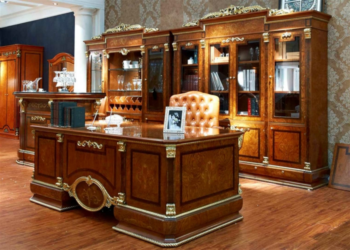 ✿ Le bureau en bois massif est une classique qui ne se démode pas