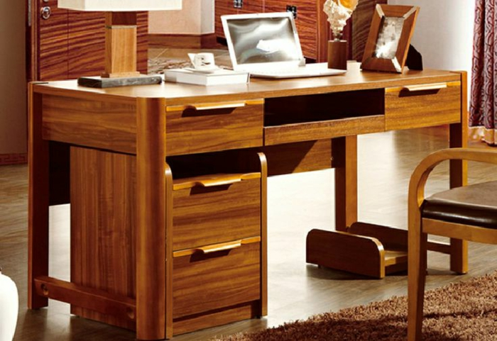 le bureau en bois massif est une classique qui ne se. Black Bedroom Furniture Sets. Home Design Ideas