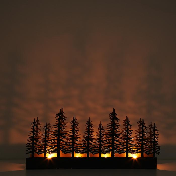 cadeau-noel-belle-mere-des-arbres-bougie-et-projecteur-pour-faire-d-ombre-foret