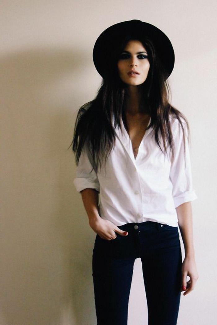 capeline-chapeau-noir-comment-l-accessoiriser-capeline-noire-visia-blanc-et-noir