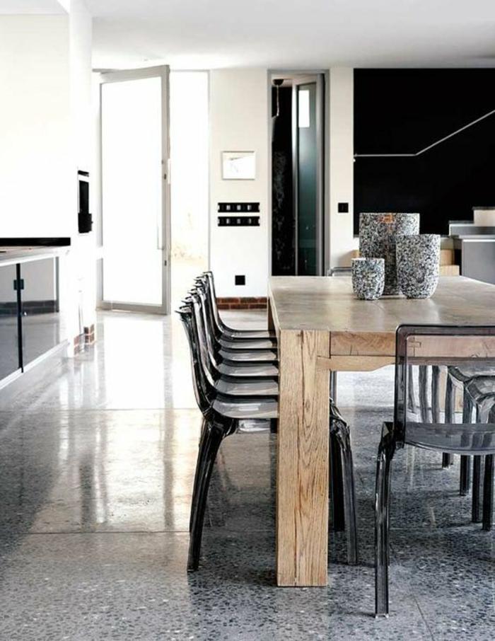carrelage-effet-beton-dans-la-cuisine-de-style-retro-rustique-minimaliste-table-en-bois-massif