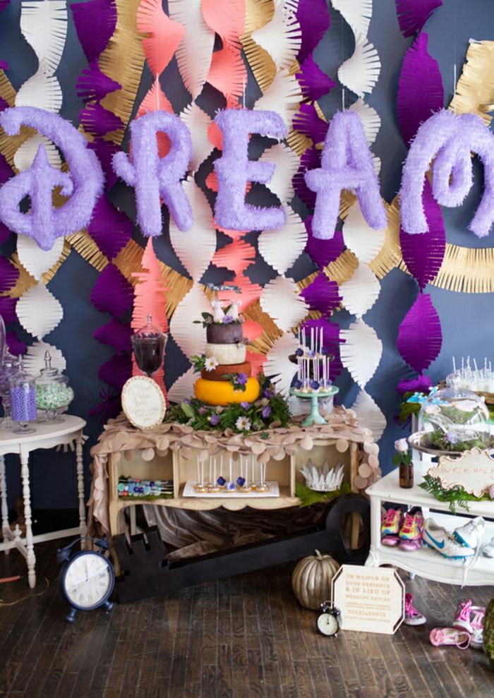 carrosse-cendrillon-Disney-centre-de-table-mariage-gâteau-cendrillon-rêver-déco-anniversaire-disney