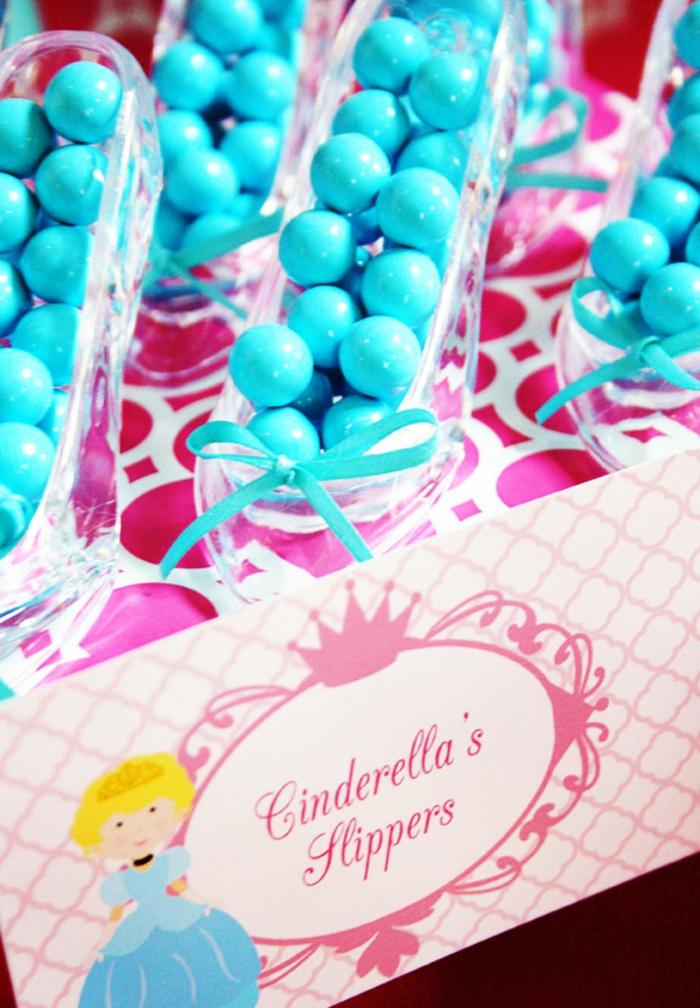 cendrillon-film-décoration-mariage-original-idee-deco-mariage-Disney-bonbons