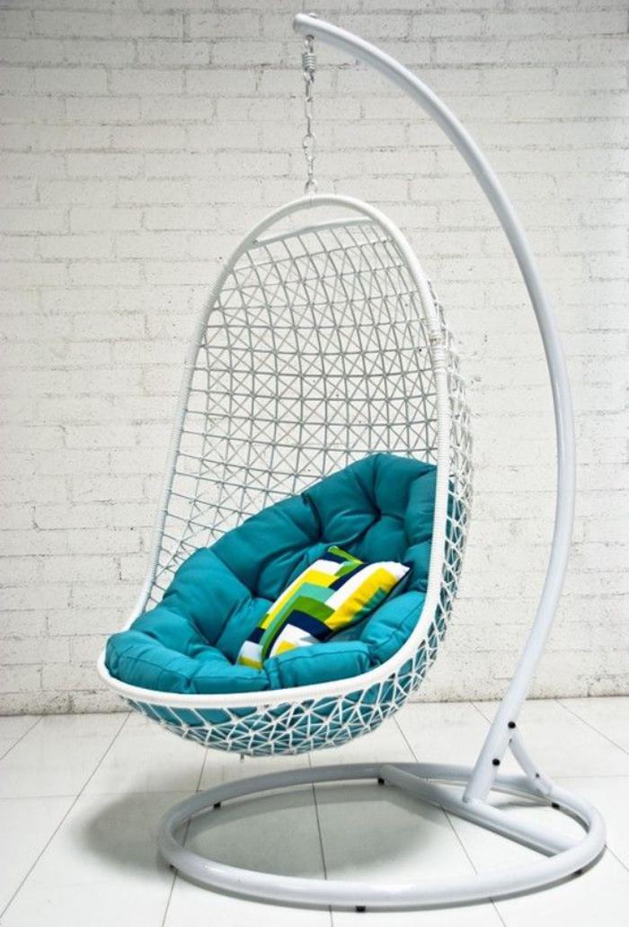 chaise-hamac-autoportant-avec-coussin-matelas-turquoise