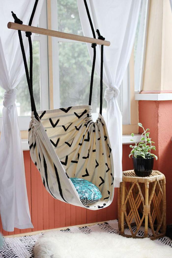 chaise-hamac-en-textile-pour-l'intérieur