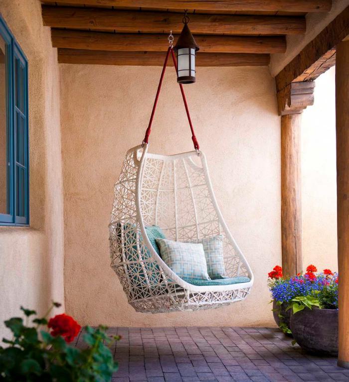 chaise-hamac-jolie-assise-suspendue-pour-la-véranda