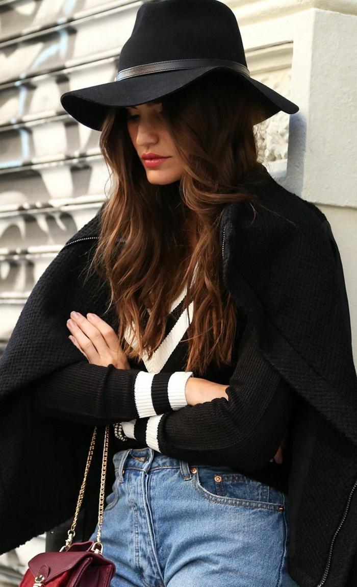 chapeau-capeline-feutre-noir-tenue-du-jour-femme-chique-stylé-jean