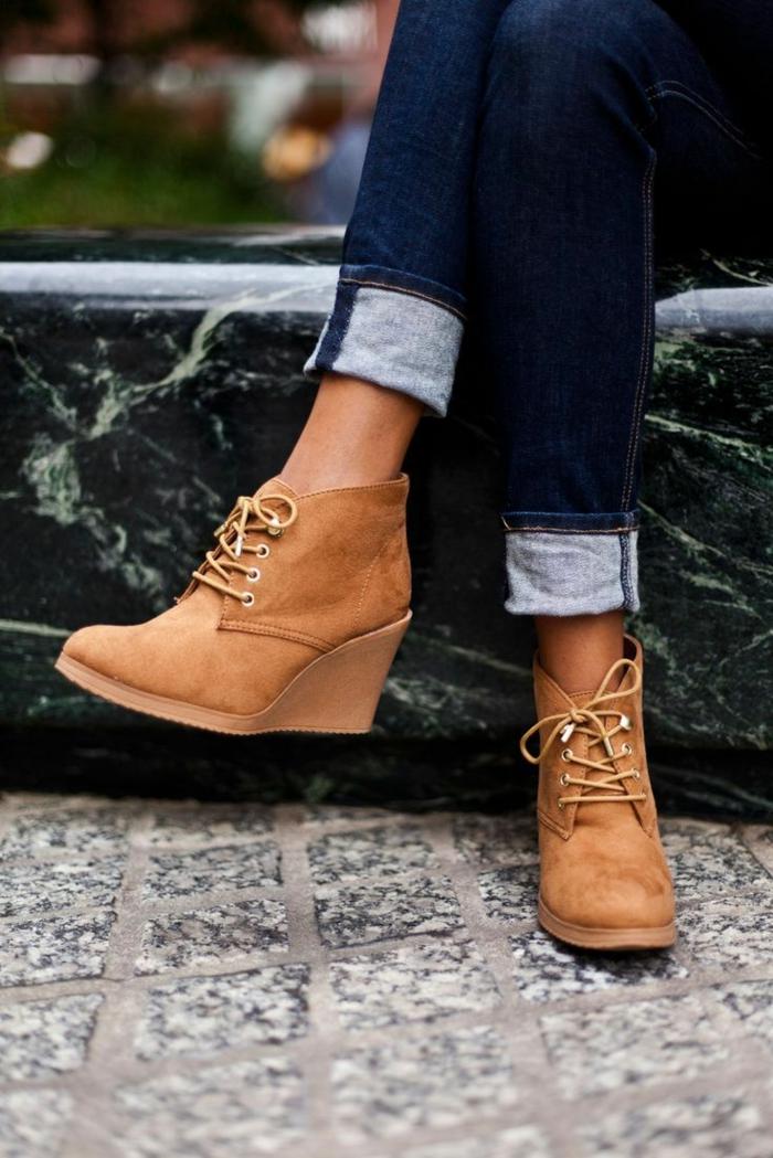 chaussures-compensées-compensées-beiges